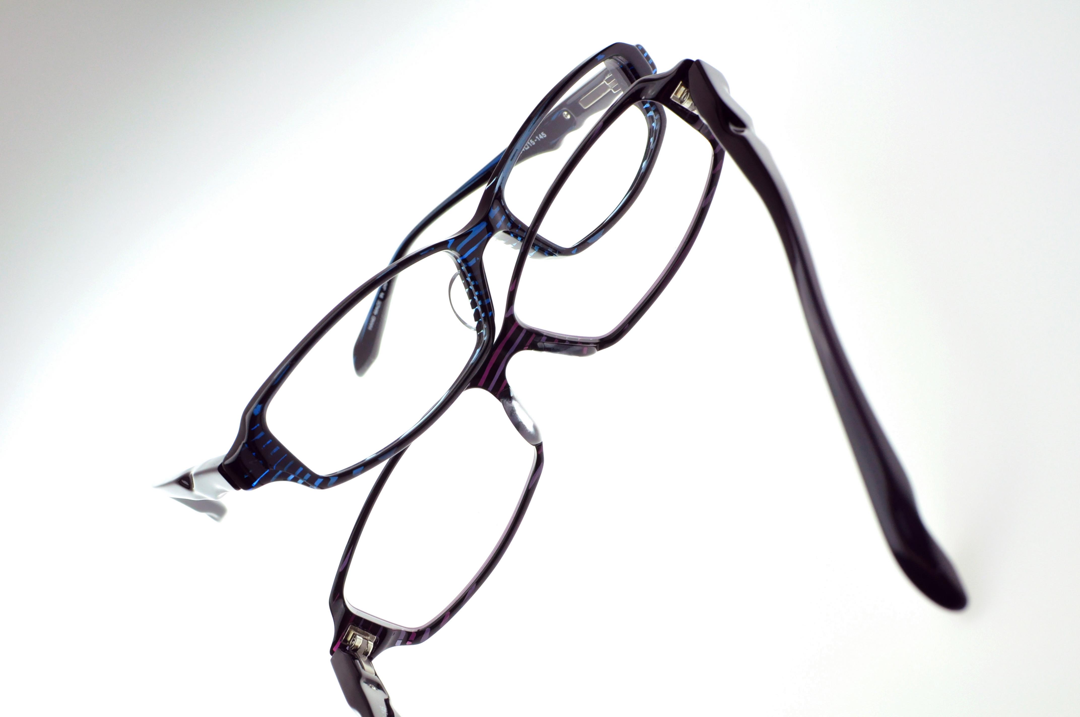 プラスミックス メガネ