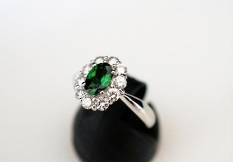プラチナ900 天然グロシュラライト ガーネット 天然ダイヤモンンド 指輪(サイズ11号)