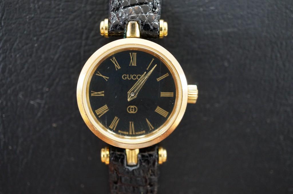 No.347 GUCCI (グッチ)  クォーツ腕時計を修理しました