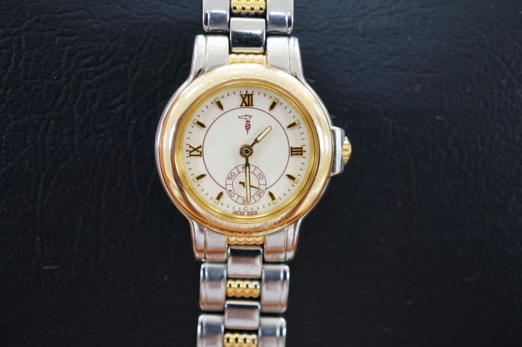 No.359 TRUSSARDI (トラサルディ)  クォーツ腕時計を修理しました