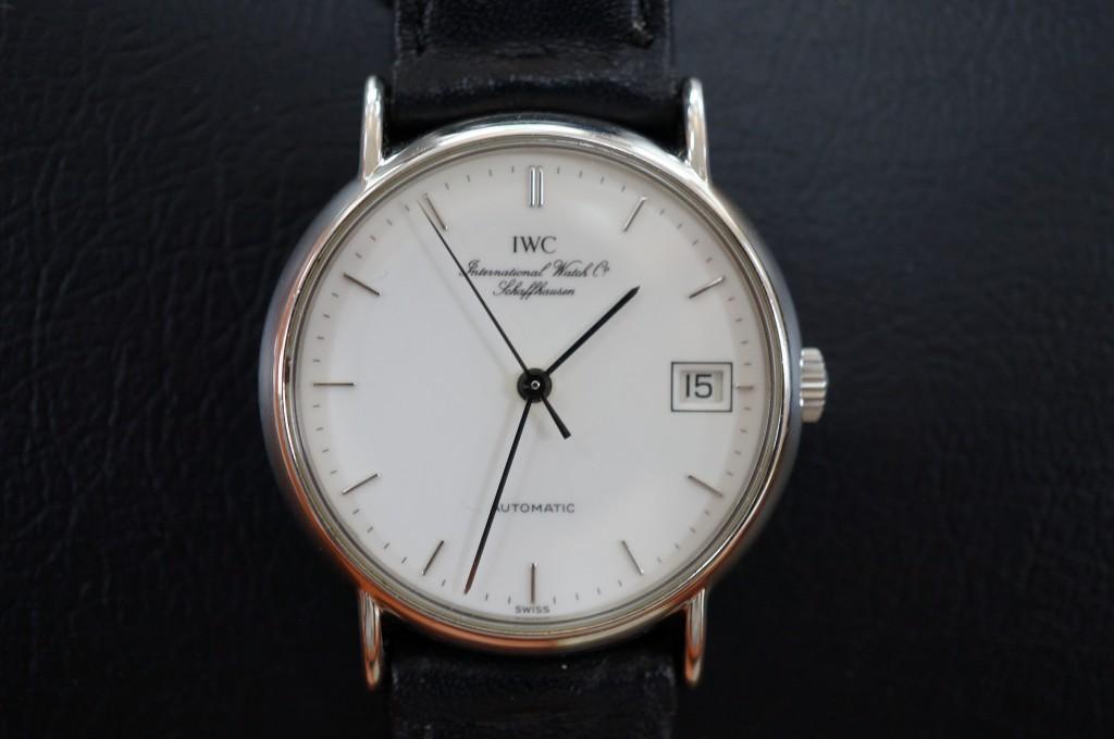 No.378  IWC (インターナショナル・ウォッチ・カンパニー) 自動巻き腕時計を修理しました