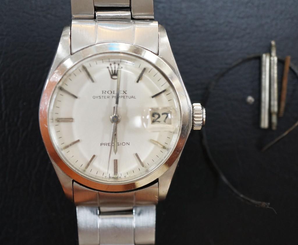 No.386  ROLEX (ロレックス) 自動巻き腕時計を修理しました
