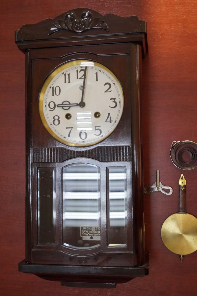 No.404  AICHITOKEI(アイチ)ゼンマイ式掛け時計を修理しました