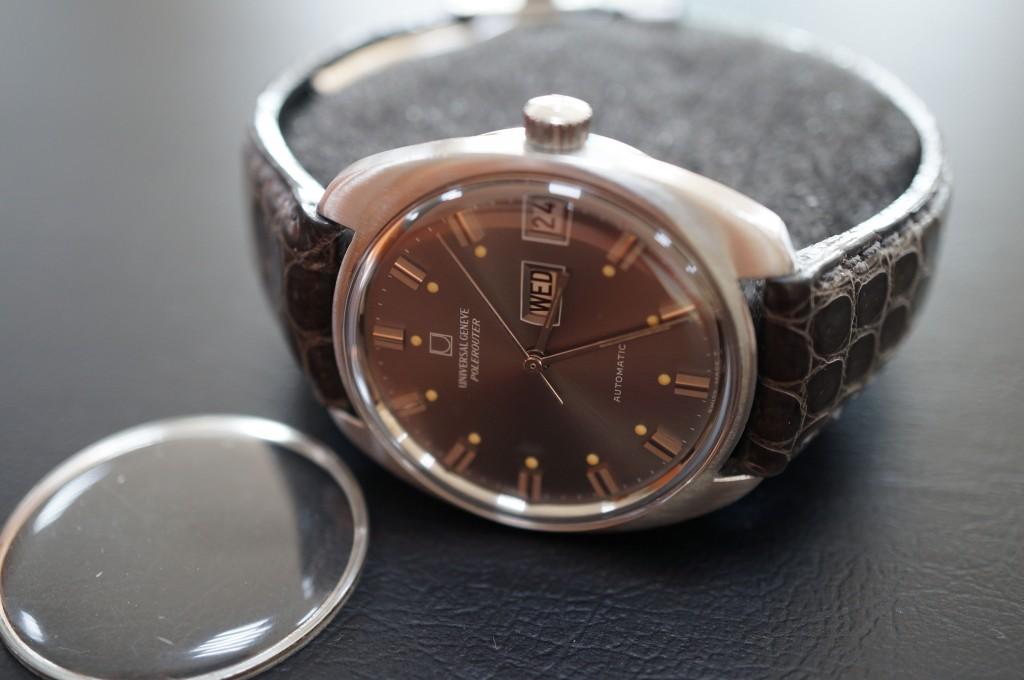 No.412  Univesal Geneve (ユニバーサル・ジュネーブ) 自動巻き腕時計を修理しました