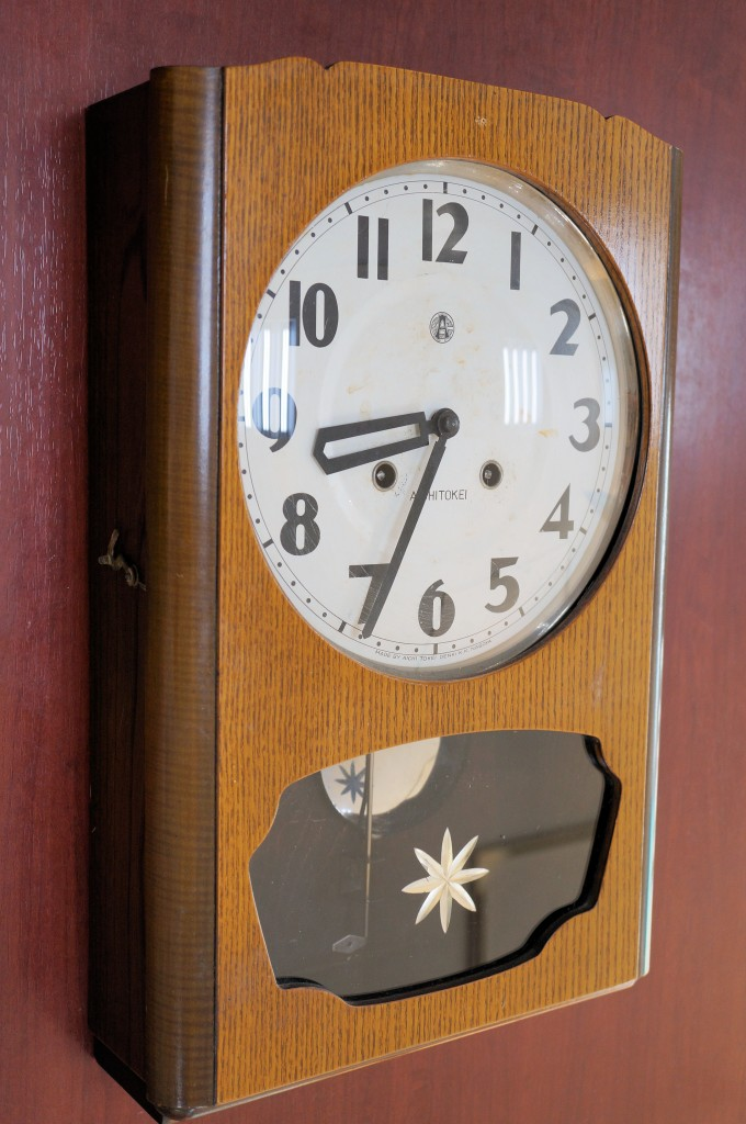 No.454  AIKOSHA(愛工舎)ゼンマイ式掛け時計を修理しました