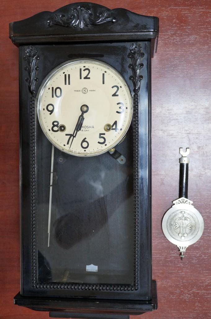 No.421  AIKOSHA(愛工舎)ゼンマイ式掛け時計を修理しました