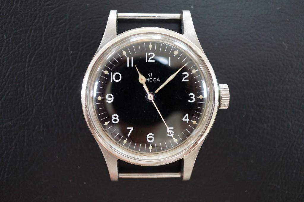 No.460  OMEGA Speedmaster (オメガスピードマスター)自動巻腕時計を修理しました