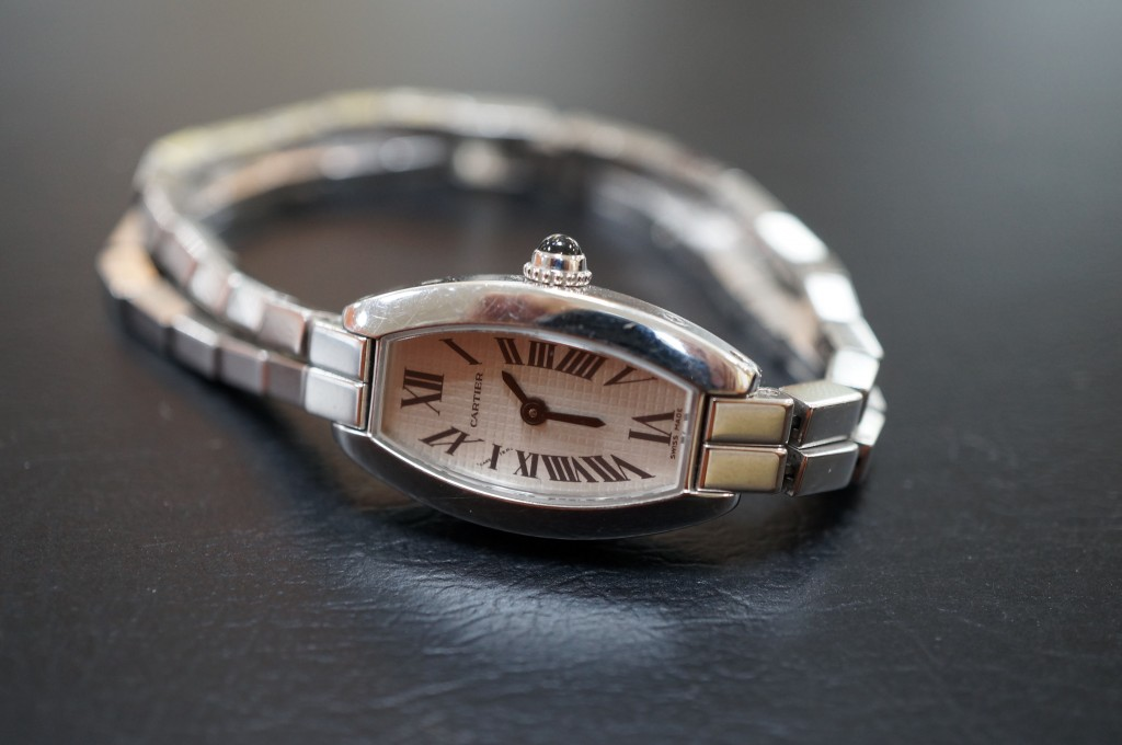 No.484  Carter(カルティエ)クォーツ腕時計を修理しました