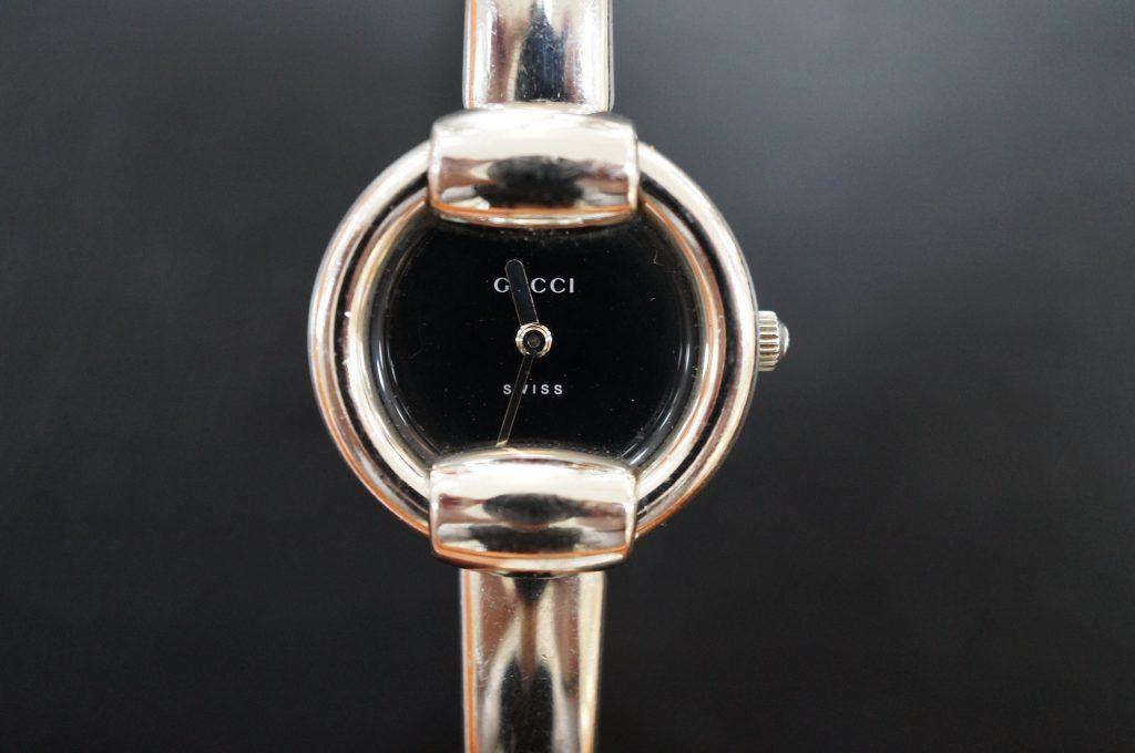 No.522  GUCCI(グッチ)クォーツ腕時計を修理しました