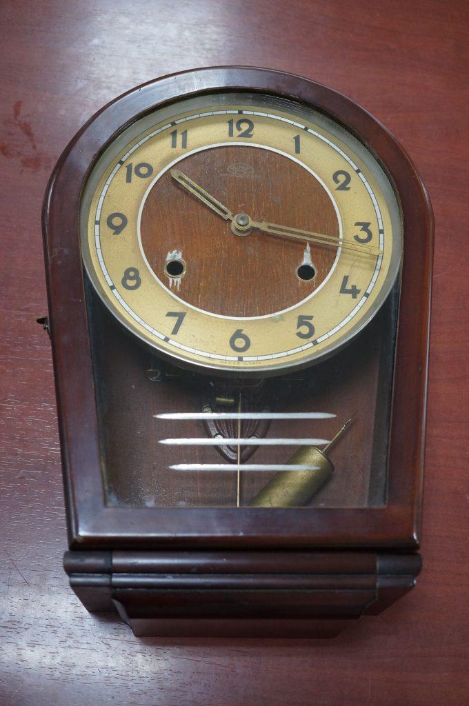 No.548  アンティーク ゼンマイ式掛け時計を修理しました