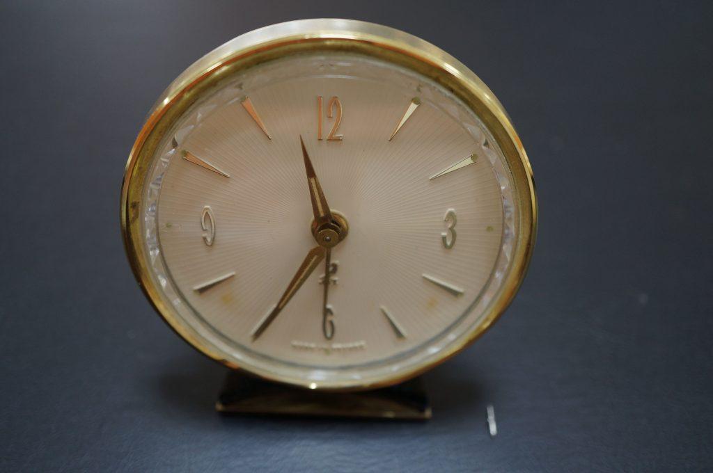 No.562  フランス製 アンティーク 目覚まし時計を修理しました