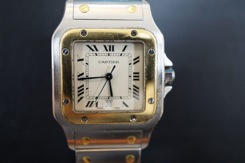 No.563   CARTER (カルティエ)  クォーツ腕時計を修理しました