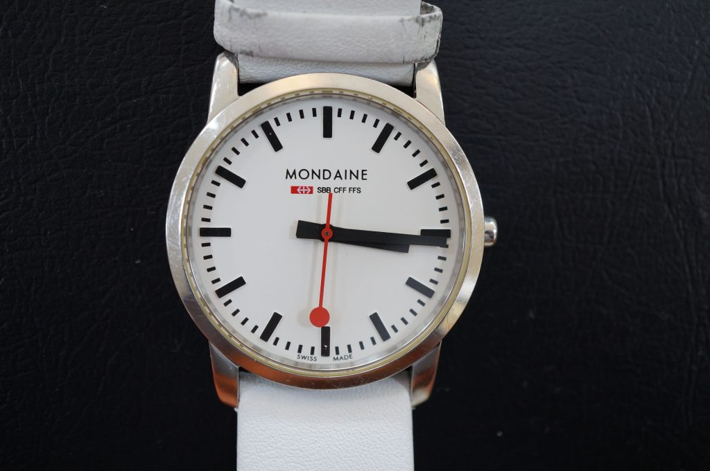No.614  Mondaine (モンディーン) クォーツ腕時計を修理しました