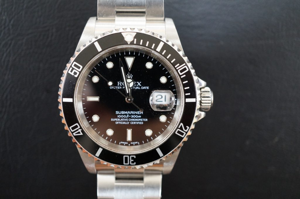 No.609  ROLEX (ロレックス サブマリーナ デイト) 自動巻き腕時計を修理しました