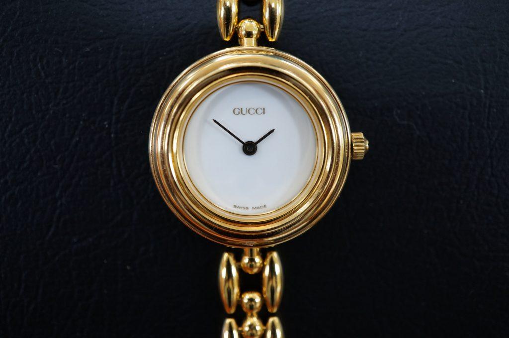 No.574   GUCCI (グッチ)  クォーツ腕時計を修理しました