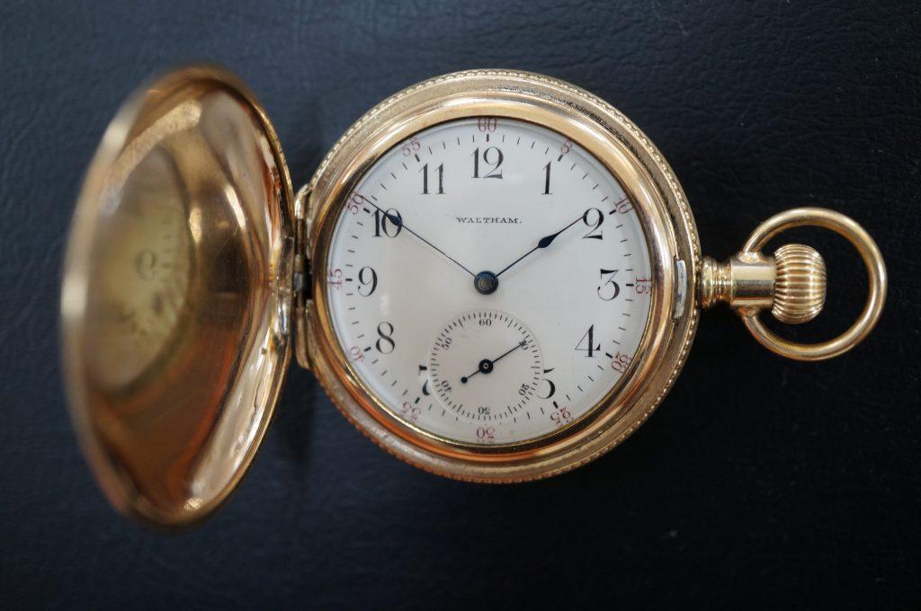 No.573   WALTHAM (ウオルサム) 懐中腕時計を修理しました