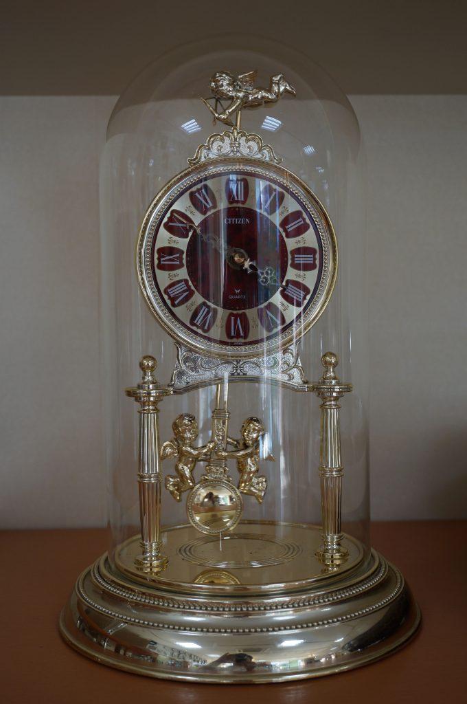No.646   アンティーク クォーツ置き時計を修理しました