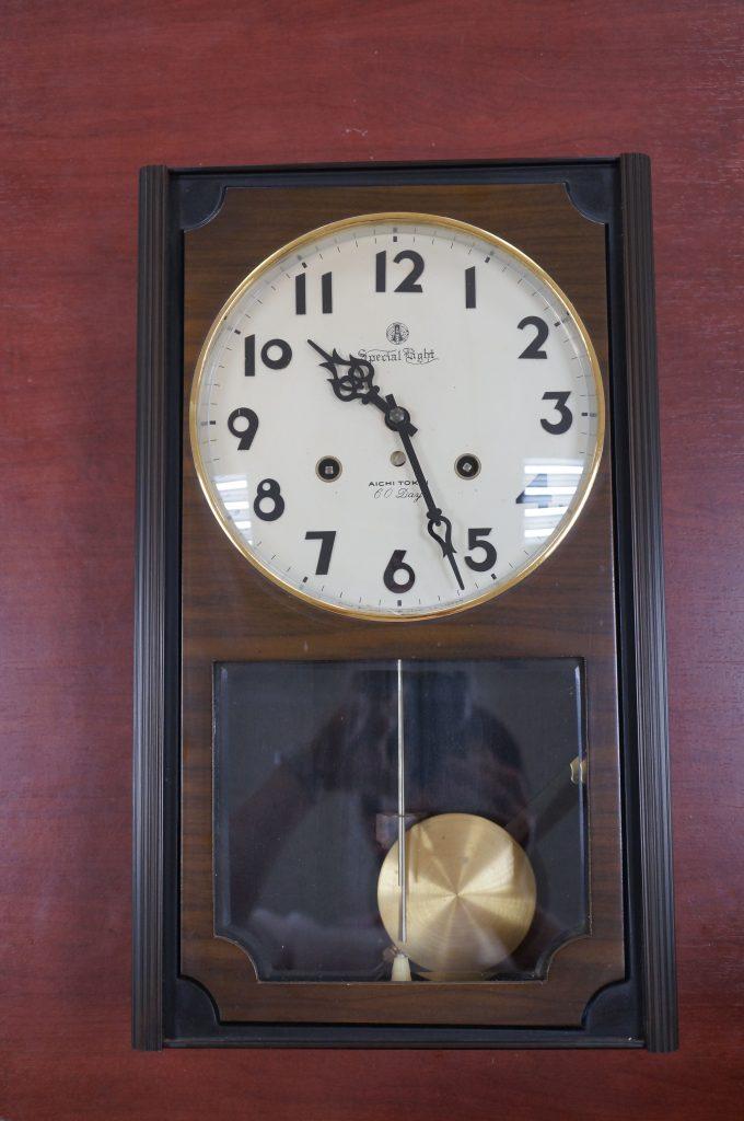 No.635  AIKOSHA(愛工舎)ゼンマイ式掛け時計を修理しました