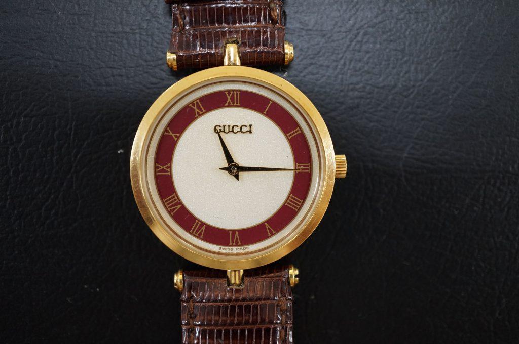 No.678   GUCCI (グッチ) クォーツ腕時計を修理しました