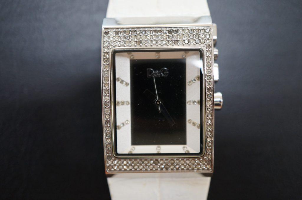 No.780  D & G クォーツ腕時計を修理しました