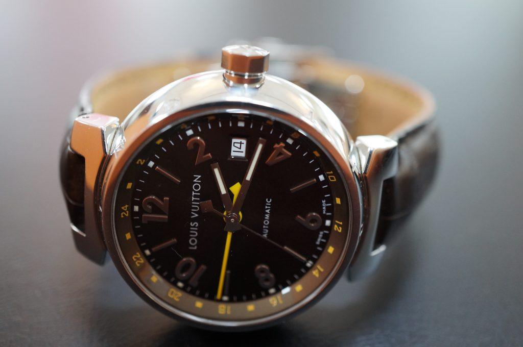 No.810  LOUIS  VVITTON (ルイビトン) 自動巻き腕時計を修理しました