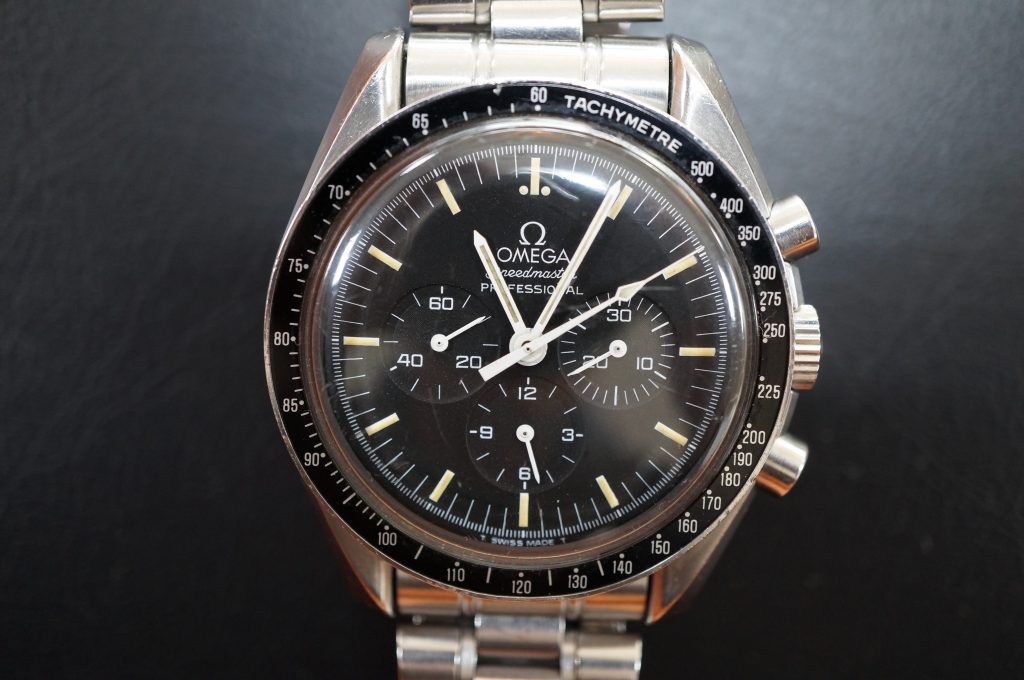 No.829  OMEGA Speedmaster (オメガスピードマスター) 自動巻き腕時計を修理しました