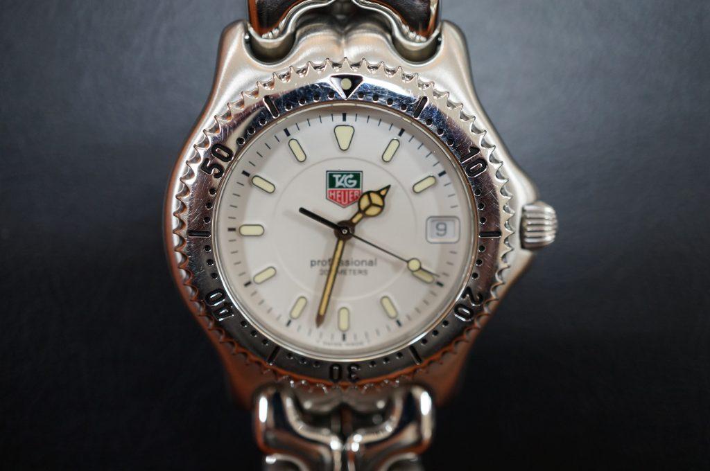 No.818  TAG HEUER (タグホイヤー) クォーツ腕時計を修理しました