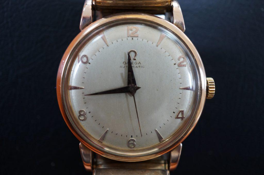 No.869  OMEGA (オメガ) 手巻き腕時計を修理しました