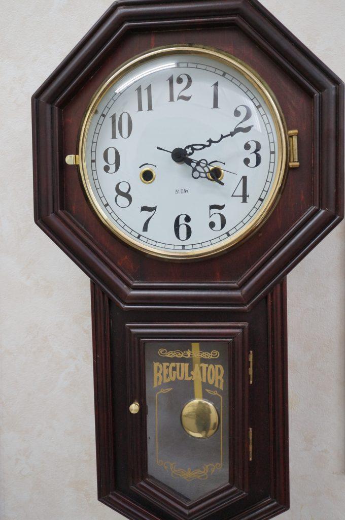 No.872  オリジナル ゼンマイ式 掛け時計を修理しました