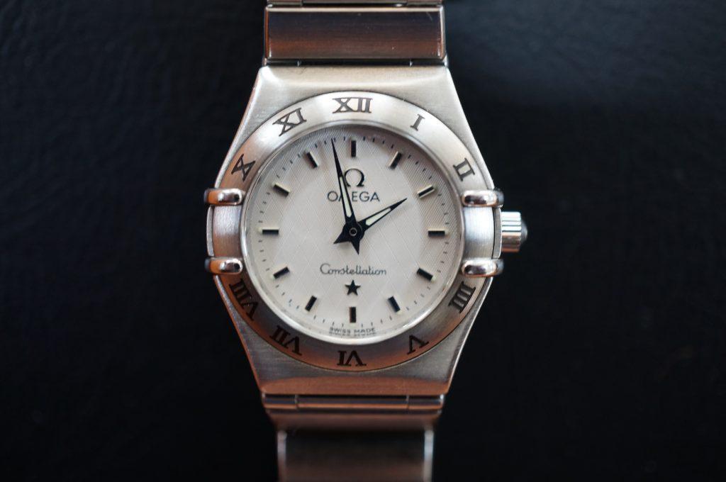 No.907  OMEGA  (オメガ) コンスティレーション クオーツ腕時計を修理しました