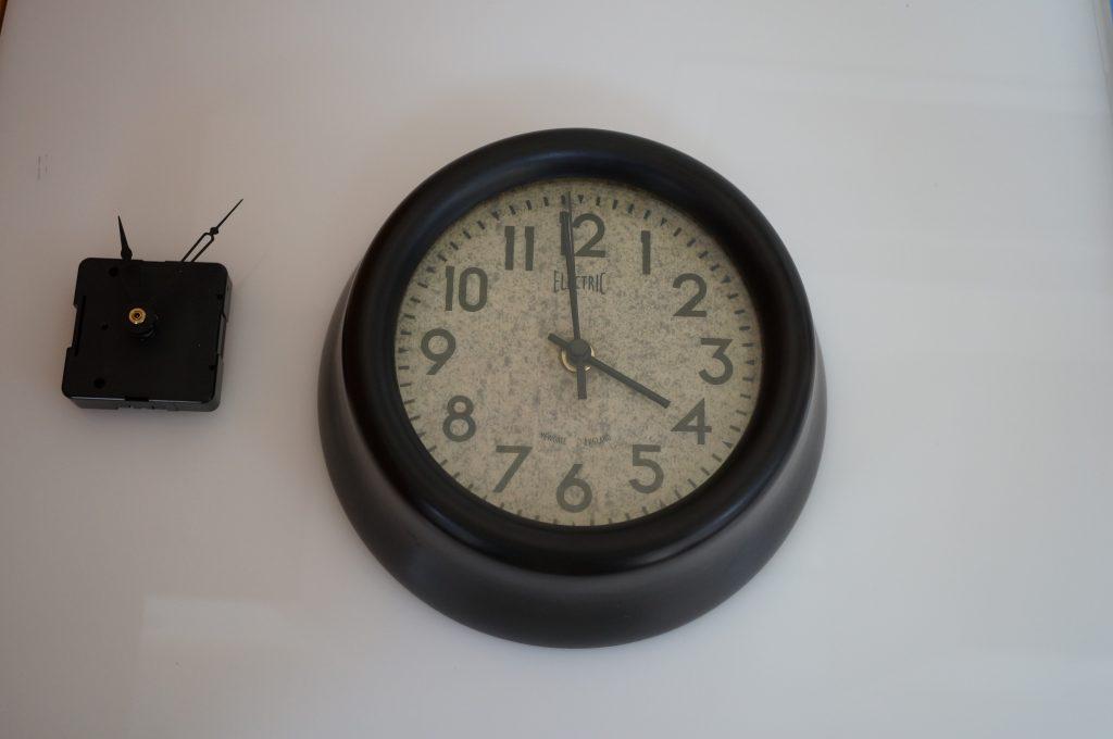 No.972  オリジナル クロック掛時計を修理しました
