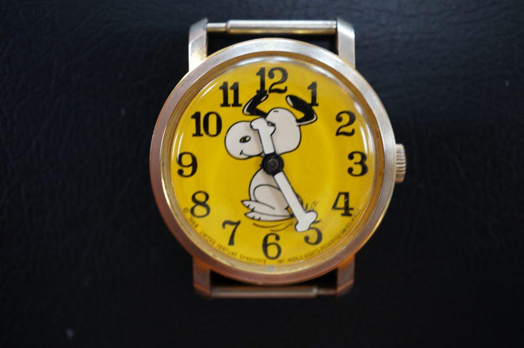 No.987  スヌーピー 手巻き腕時計を修理しました