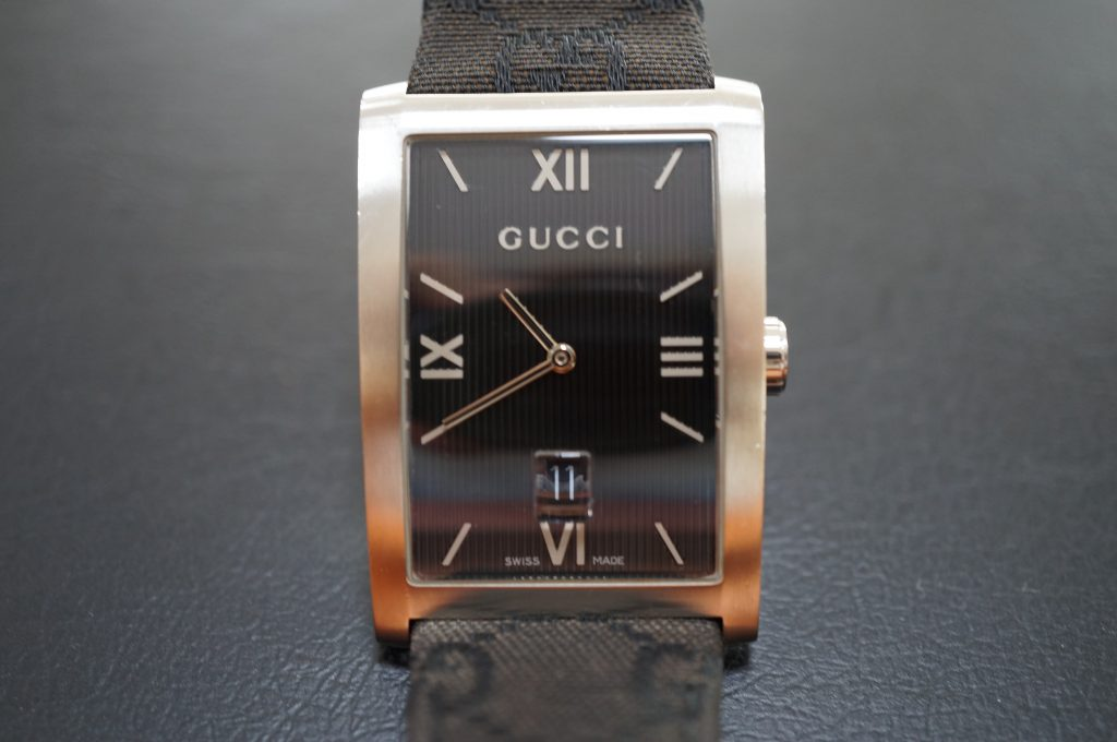 No.998  GUCCI (グッチ) クオーツ式腕時計を修理しました