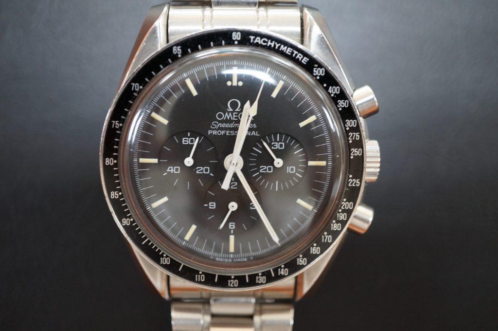 No.1107  OMEGA Speedmaster (プロフェッショナル) 手巻き式腕時計を修理しました