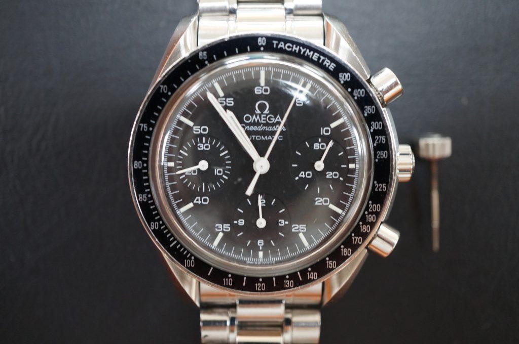 No.1105  OMEGA Speedmaster (オメガスピードマスター) 自動巻き腕時計を修理しました