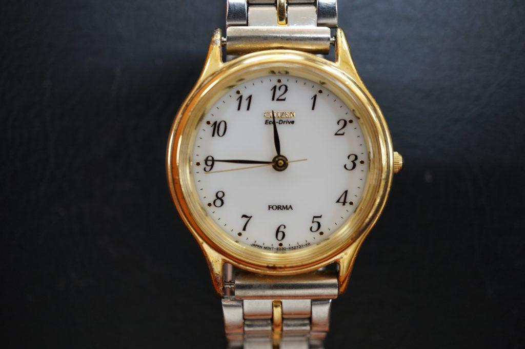 No.1153  CITIZEN (シチズン) エコドライブ腕時計を修理しました