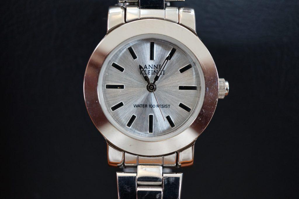 No.1214  ANNE KLEINII クォーツ式腕時計を修理しました