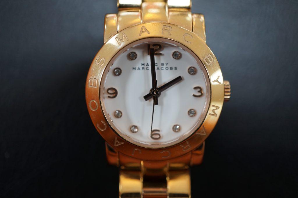No.1292  MARC BY MARC JACOBS (マークバイマークジェイコブス ) クォーツ式 腕時計を修理しました