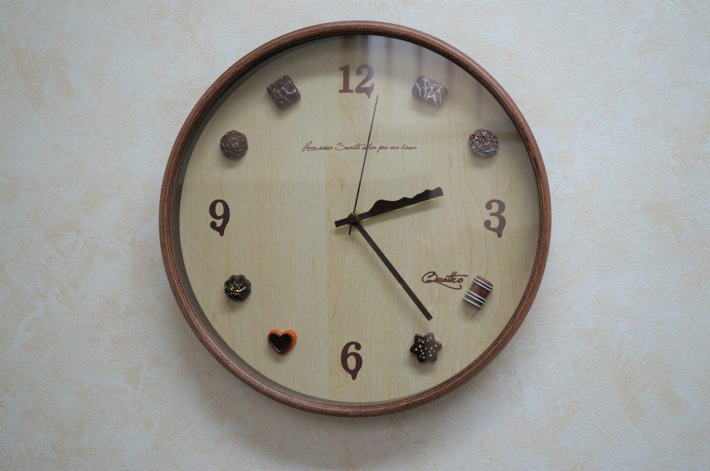 No.1329  オリジナル  デザイン  掛け時計を修理しました
