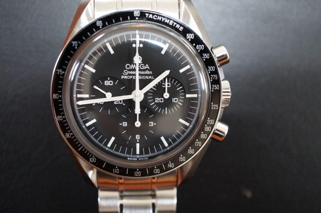 No.1348  OMEGA Speedmaster (プロフェッショナル) 手巻き腕時計を修理しました