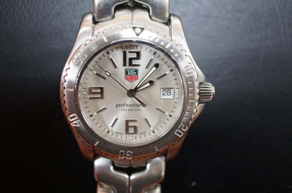 No.1364  TAG HEUER (タグホイヤー) クォーツ式 腕時計を修理しました