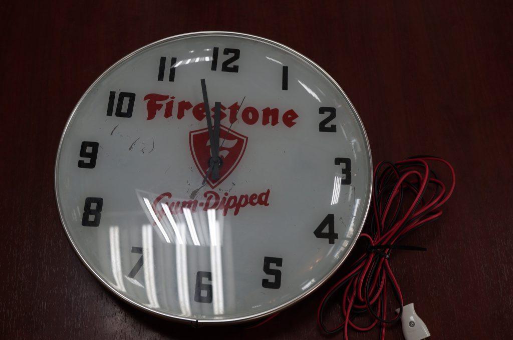 No.1400  オリジナル  デザイン  掛け時計を修理しました