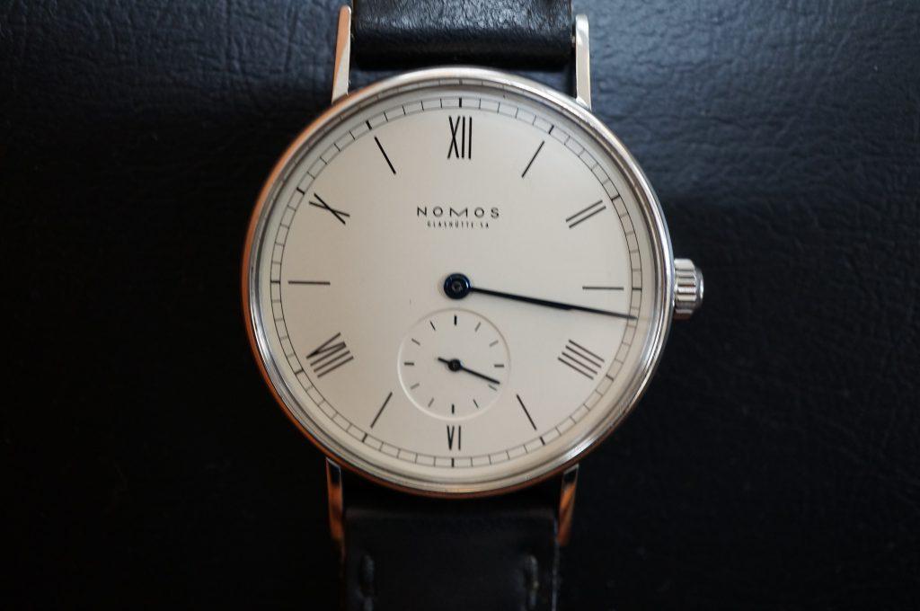 No.1401  NOMOS (ノモス ) 自動巻き腕時計を修理しました