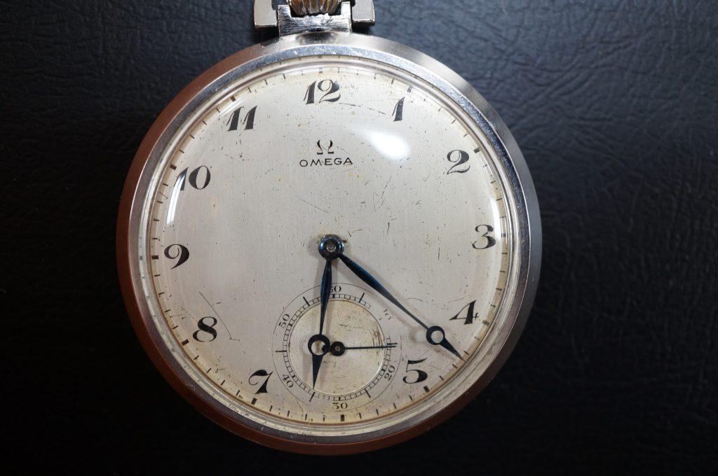 No.1462  OMEGA (オメガ)  手巻き式 懐中時計を修理しました