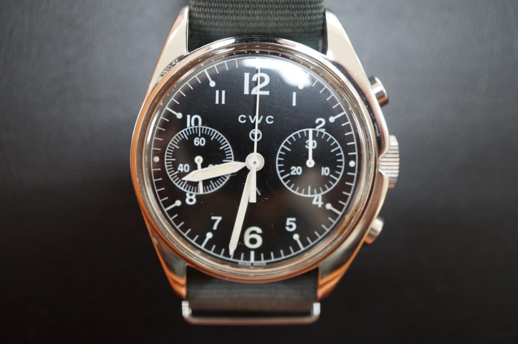 No.1489  CWC (ダブルシー) 手巻き式 腕時計を修理しました