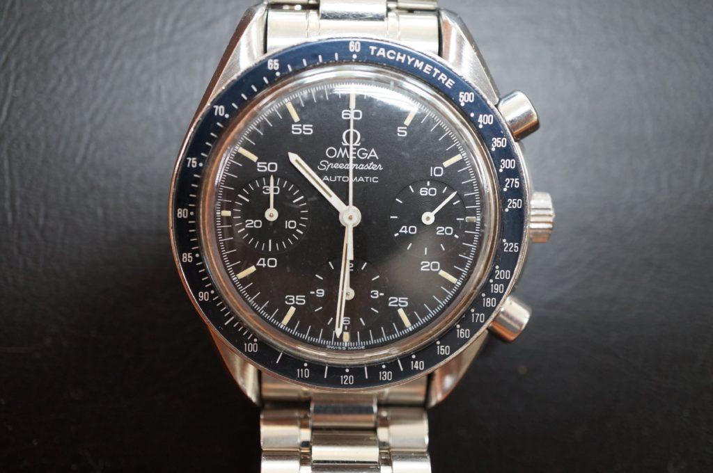 No.1549  OMEGA Speedmaster (オメガスピードマスター) 自動巻き 腕時計を修理しました