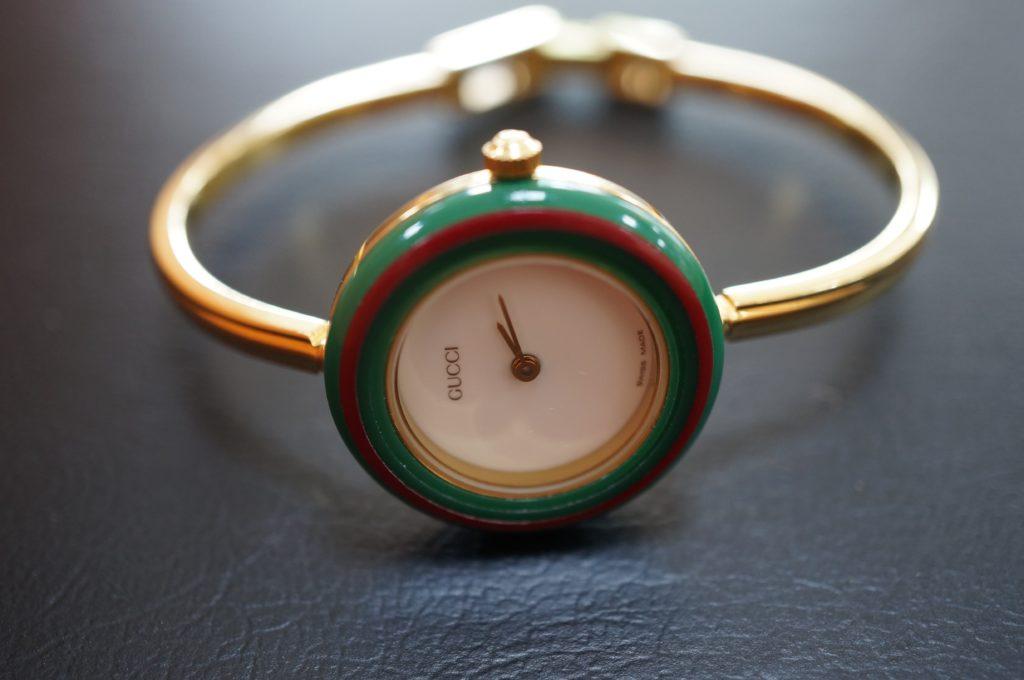 No.1568  GUCCI (グッチ) クォーツ式 腕時計を修理しました
