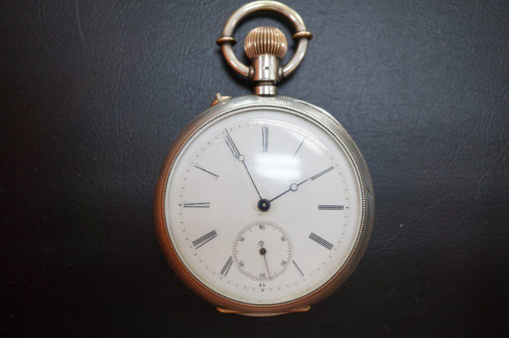 No.1590  アンティーク 手巻き式懐中時計を修理しました