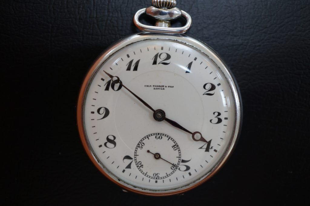 No.1641  TISSOT (ティソ)手巻き式 懐中時計を修理しました