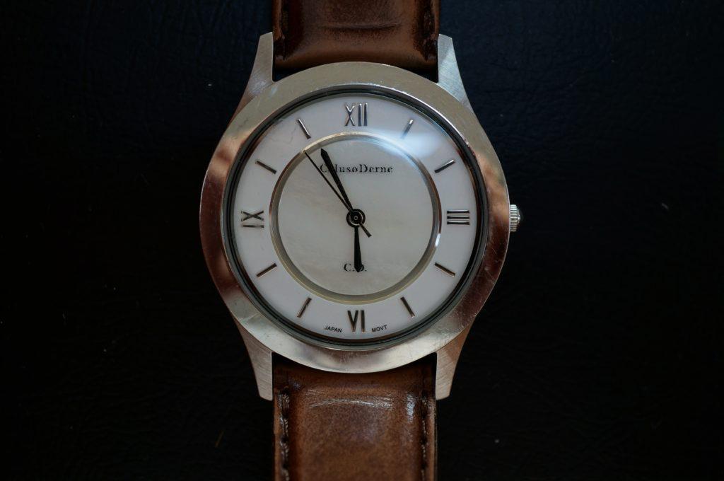 No.1669  Coluso Derne(コルソデネーゼ)クォーツ式 腕時計を修理しました